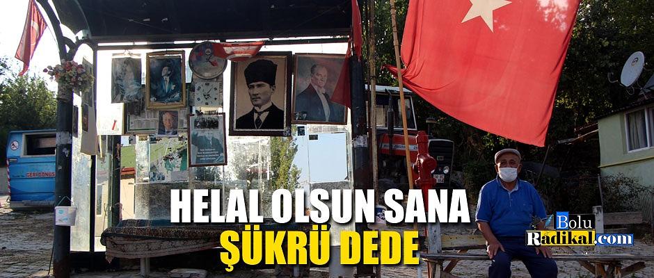OTOBÜS DURAĞINI ATATÜRK POSTERLERİ VE TÜRK BAYRAKLARIYLA DONATTI...