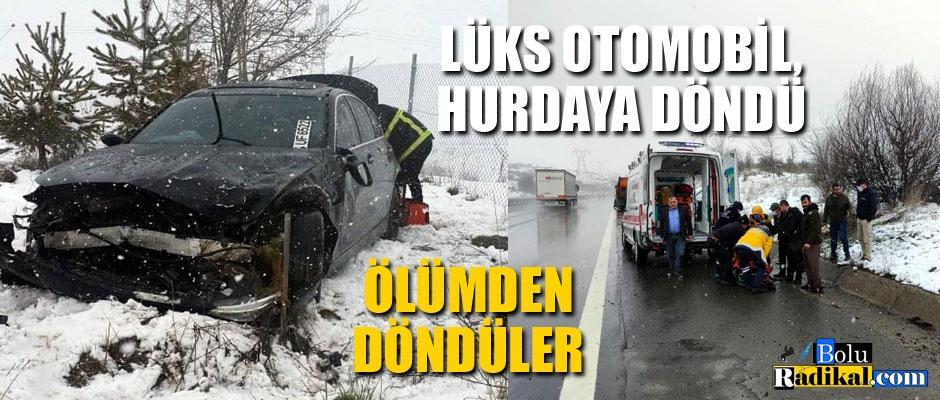 LÜKS ARAÇ HURDAYA DÖNDÜ, YARALILAR VAR...